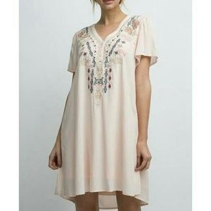 Andree by Unit Embroidered Dress 🌹🌹🌹